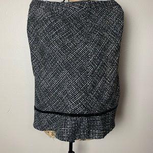 GAP black and white wool blend skirt